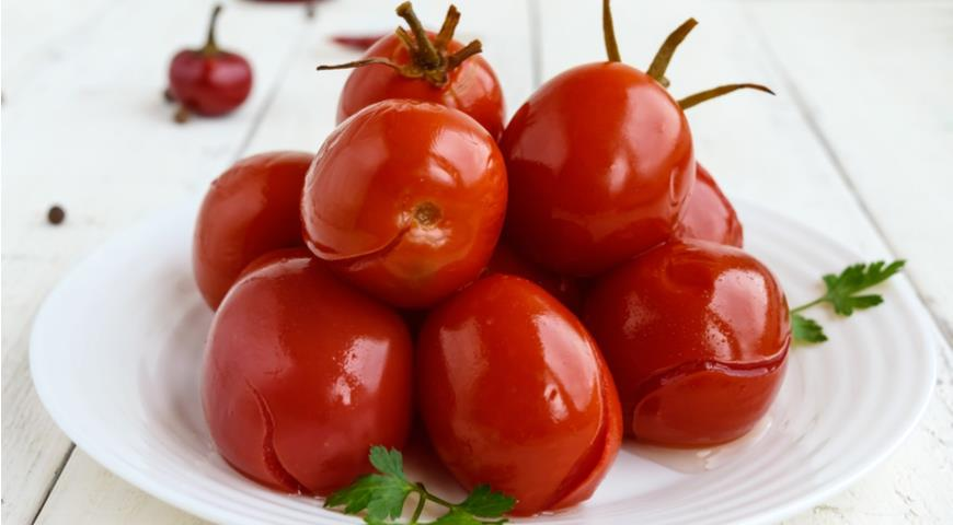 Как сделать зелёные помидоры квашеные в ведре, кастрюле, бочке или банке на зиму