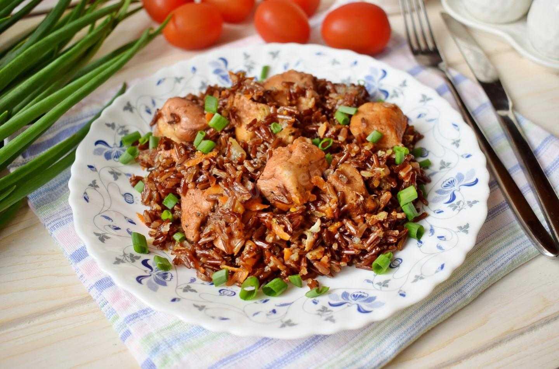 Салат с отварной индейкой и грибами
