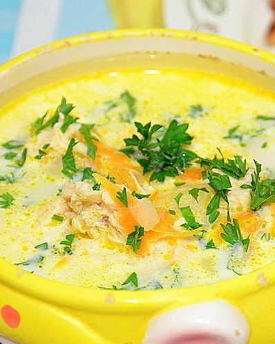 Сырный суп с колбасой - 7 рецептов из плавленых сырков (фото)