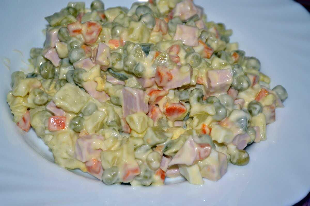 Салат 21 век: рецепт пошаговый с солеными огурцами, фото