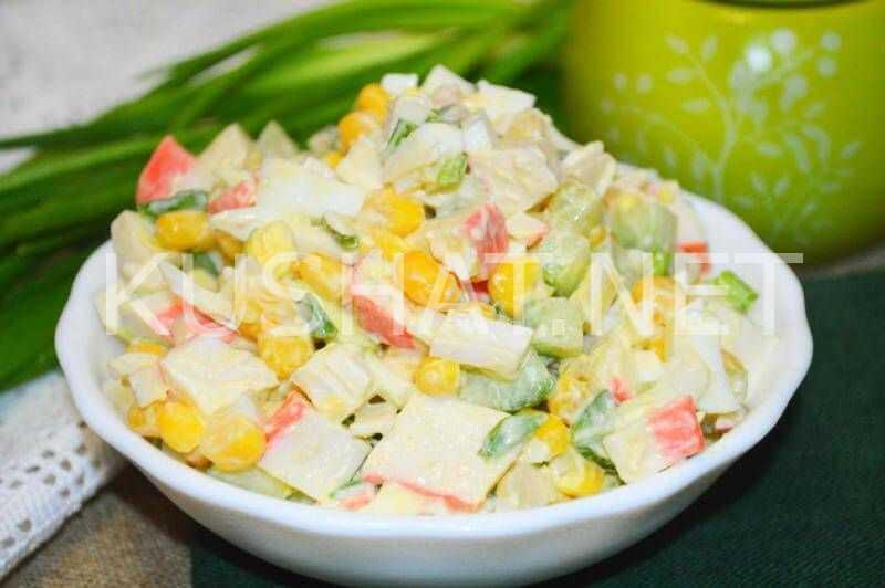 Крабовый салат классический без огурца рецепт с фото - 1000.menu