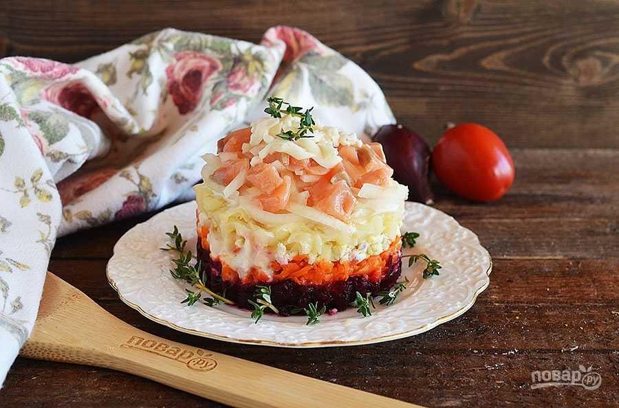 Салат с авокадо и красной рыбой - бесподобная закуска для праздника и на каждый день