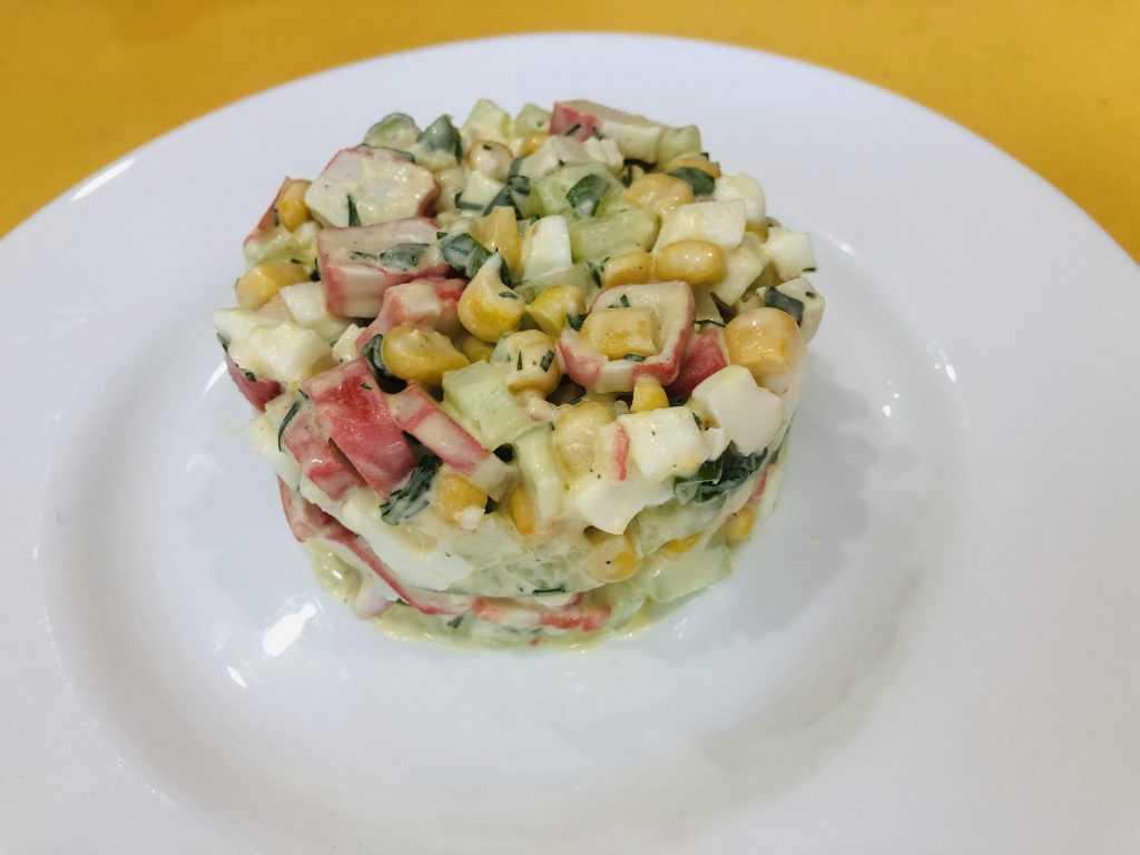 Крабовый салат с грибами - 116 рецептов: салаты   foodini