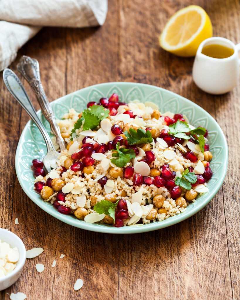 Готовим салат из куриной грудки со сливами и кускусом: поиск по ингредиентам, советы, отзывы, пошаговые фото, подсчет калорий, удобная печать, изменение порций, похожие рецепты
