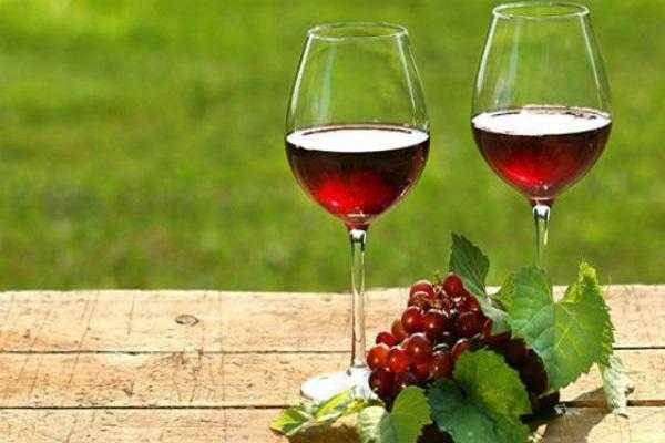 Вино из смородины в домашних условиях. как приготовить домашнее вино из смородины: черной, красной, без дрожжей