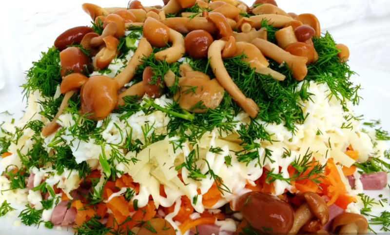 """Салат """"грибная поляна"""": ингредиенты, рецепт, советы по приготовлению"""
