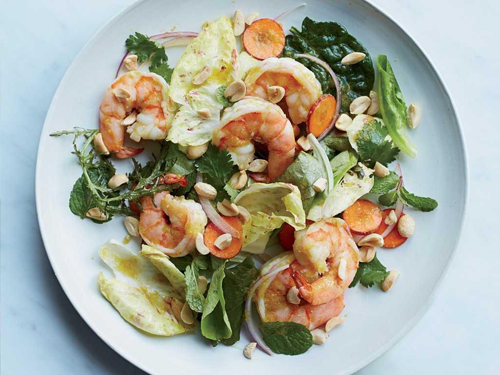 Салат с семгой и креветками: как приготовить, советысалат с семгой и креветками: как приготовить, советы: как приготовить, советы