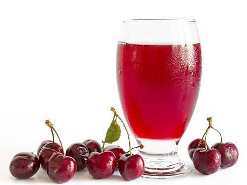 Хозяйкам на заметку: как правильно следует хранить свежевыжатый яблочный сок?