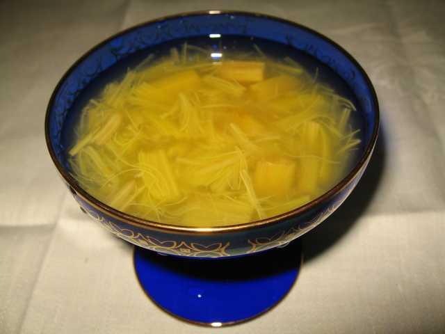 Компот из ревеня и яблок - 8 пошаговых фото в рецепте
