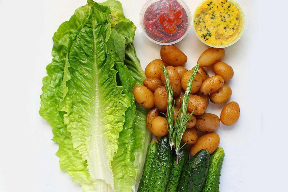 Салат с вялеными помидорами - необычные рецепты вкусной и пикантной закуски