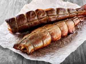 Рыба холодного копчения в домашних условиях: правила, секреты и технология