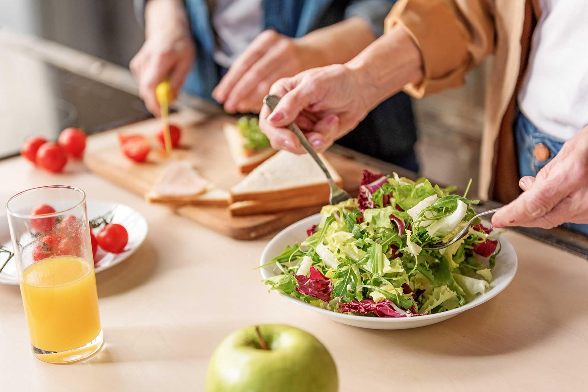 Салат из печени, филе и икры минтая пошаговый рецепт быстро и просто от лианы раймановой
