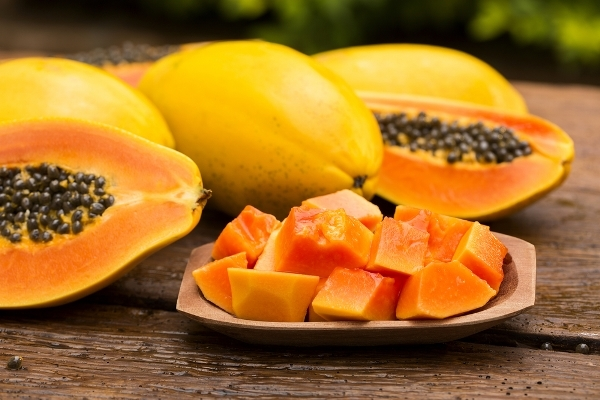 Папайя: состав, польза свежих и сушеных плодов, противопоказания