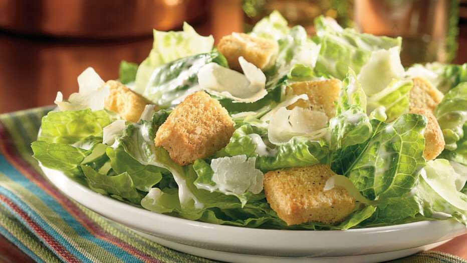 Как приготовить салат цезарь с помидорами, курицей и сухариками: поиск по ингредиентам, советы, отзывы, пошаговые фото, подсчет калорий, изменение порций, похожие рецепты