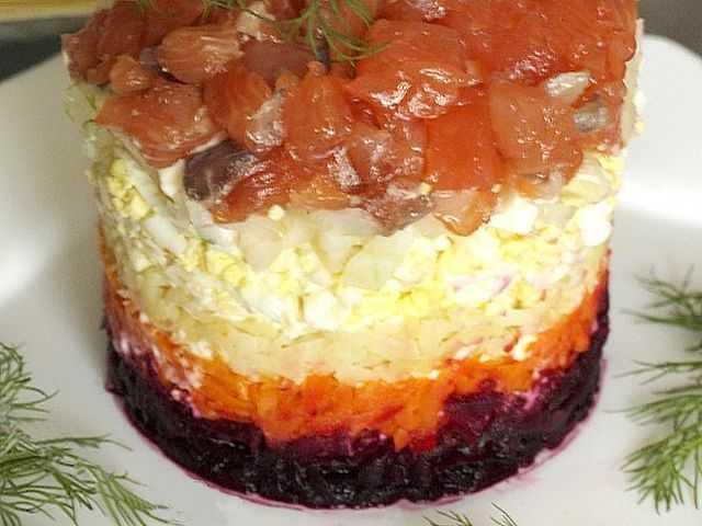 Салат «царский» с семгой — 4 рецепта с красной икрой - советдня