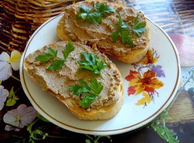 Паштет из печени индейки в домашних условиях. рецепт с маслом, сливками, коньяком нежный. фото
