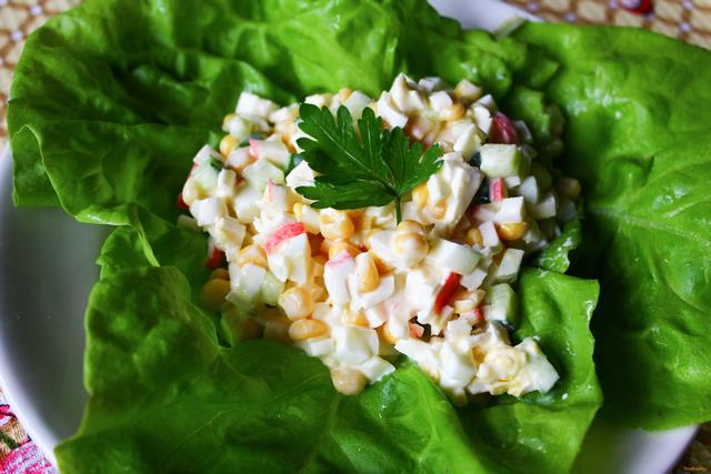 Лучшие салаты с вареными яйцами: рецепты