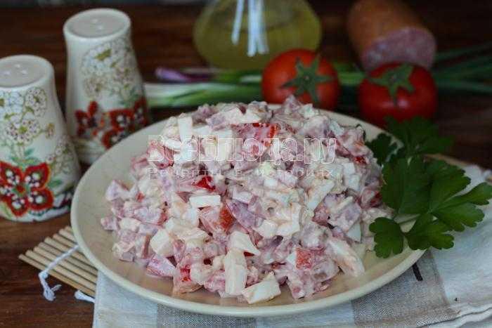 Классический «столичный» салат – рецепт с колбасой, говядиной, курицей, свининой и языком
