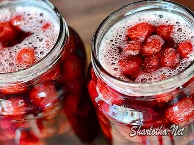 Варенье из клубники с целыми ягодами - вкусные рецепты густой заготовки и с сиропом