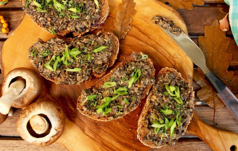 Грибная икра рецепт с луком и морковью готовим через мясорубку