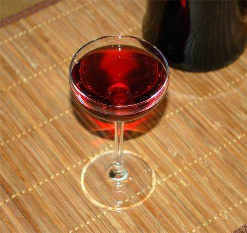 Готовим домашнее вино из терновника. как приготовить из терна по рецепту?