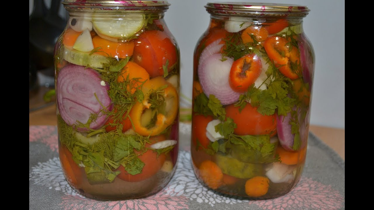 Салат ассорти на зиму – яркие, красивые овощи разных вкусов и цветов в банках: рецепт с фото и видео