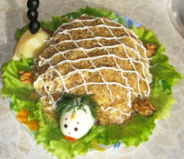 Салат черепаха с курицей и грецкими орехами, рецепт с фото