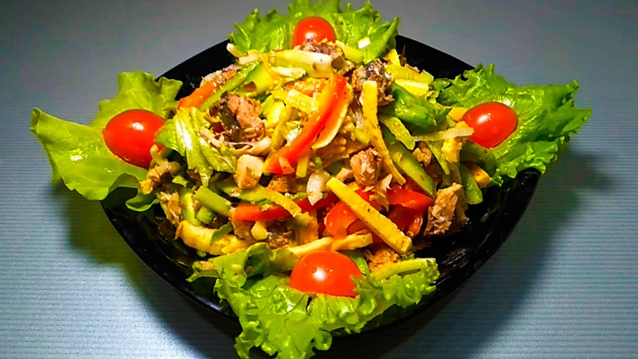 Салат с консервированным тунцом. 9 очень вкусных рецептов с фото