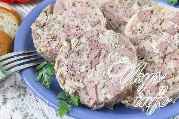 Как сделать вареную колбасу из куриного филе в домашних условиях, по госту: подробный рецепт. чем заменить магазинную оболочку и кишки для приготовления вареной колбасы: советы