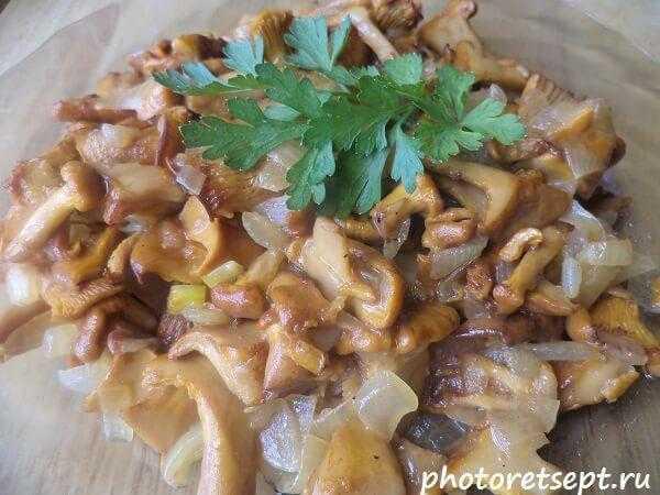 Лисички жареные с картошкой — 5 лучших рецептов жарки грибов
