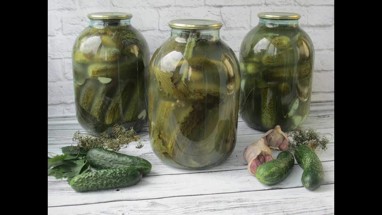 Засолка хрустящих огурцов с водкой на зиму: простой рецепт