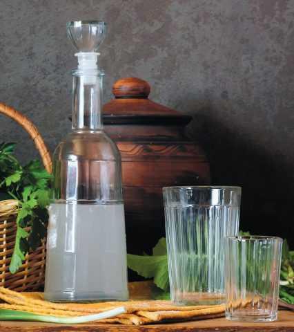 Как приготовить наливку, настойку в домашних условиях: рецепт на спирту, на самогоне, на водке своими руками