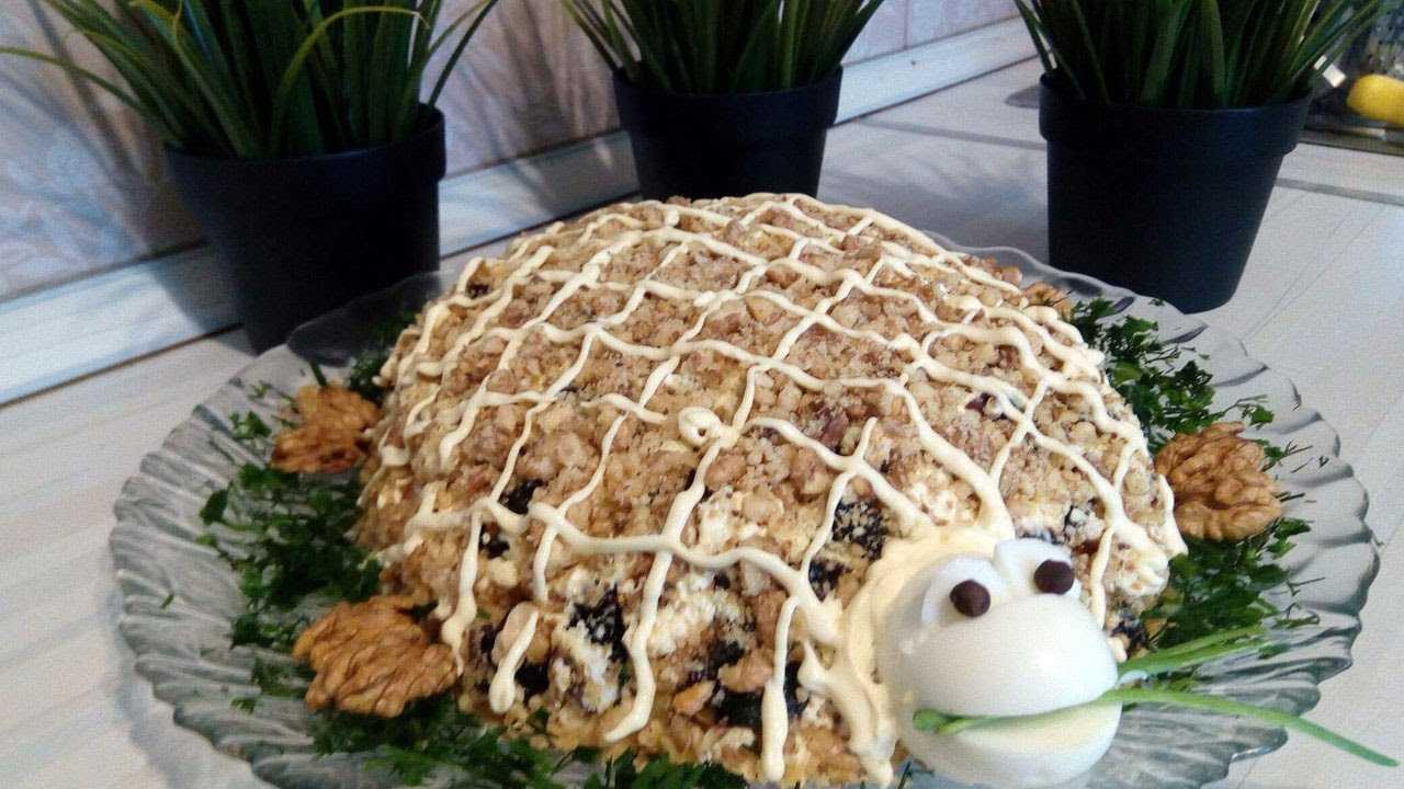 Салат черепаха с консервами