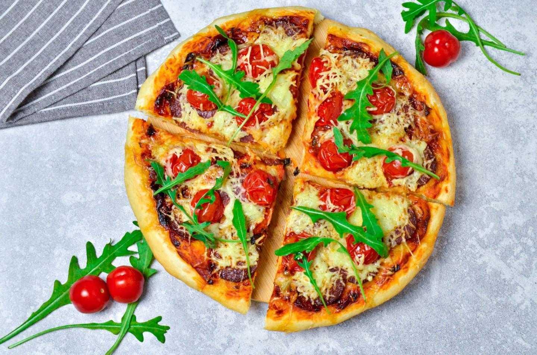 Можно ли приготовить пиццу с маринованными грибами и как это сделать