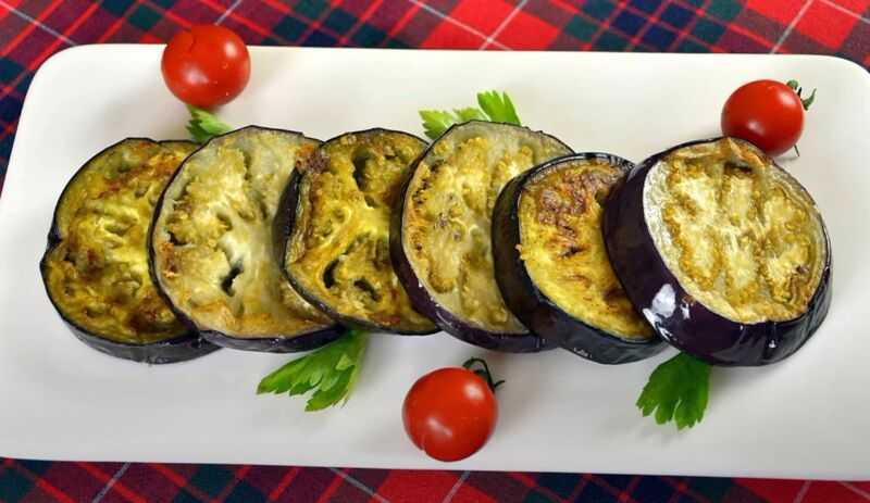 Икра из баклажанов на сковороде рецепт с фото пошагово - 1000.menu