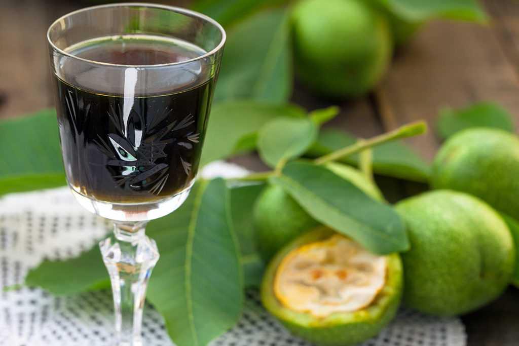 Настойка на скорлупе кедровых орехов - рецепты на спирту, самогоне и водке
