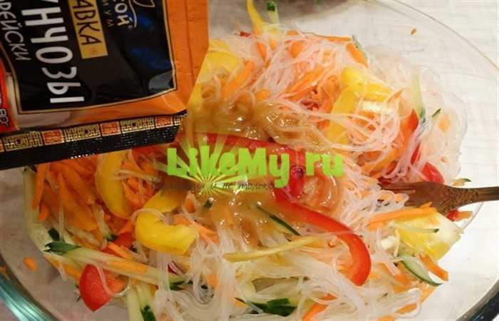 Селедка по-корейски — лучшие рецепты с морковью, луком, томатной пастой