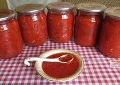 Квашеные помидоры (бурые и зеленые) на зиму: калорийность, рецепт приготовления в банках, чтобы получились как бочковые, в том числе с капустой, малосольные томаты русский фермер