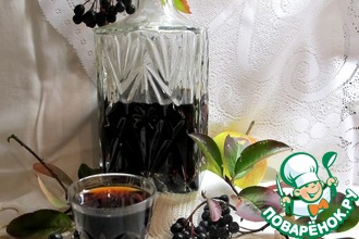 Как приготовить настойку из черноплодной рябины в домашних условиях