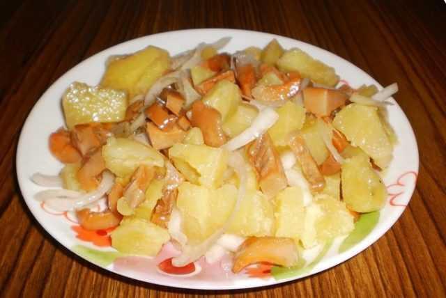 Салат рыжик - всегда праздничное настроение при виде красивой еды: рецепт с фото и видео