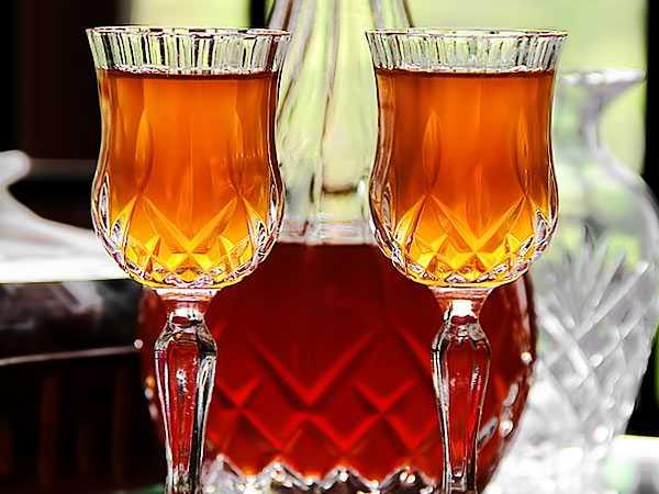 Вкусовые и качественные особенности плодового сырья для домашнего вина из крыжовника. технология вина из крыжовника в рецептах от профи - автор екатерина данилова - журнал женское мнение