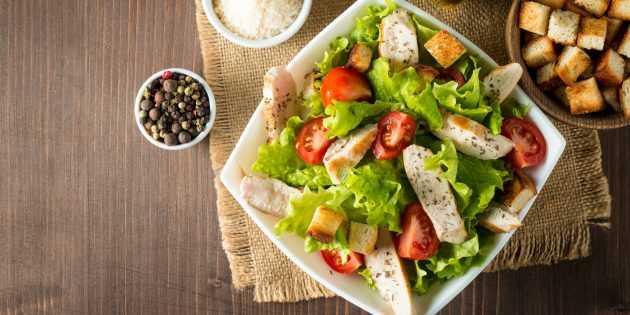 Классический рецепт салата с курицей «цезарь»