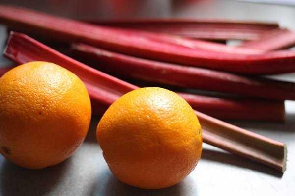 Варенье из ревеня - рецепты на зиму с апельсином, лимоном, бананом, имбирем и яблоками