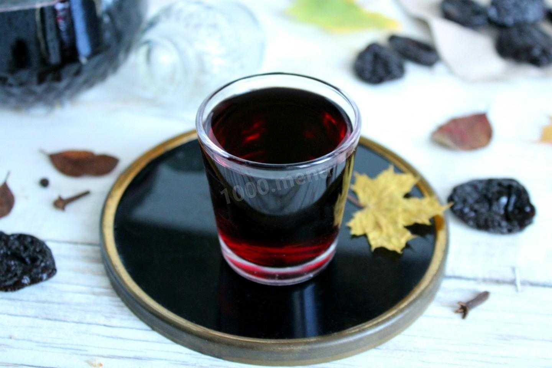 Рецепт домашней настойки из терна на самогоне и спирту