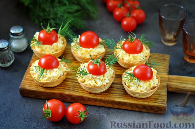 Готовим салаты с креветками в тарталетках