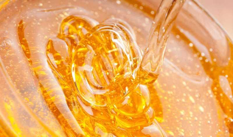 Как сделать наливку из брусники в домашних условиях. Классический рецепт, наливка с мятой, полынью, лимоном, медом, смородиной, рецепт брусничного ликера. Как хранить напитки.