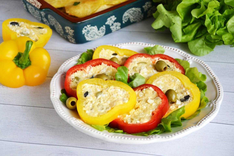 Салат с помидорами сыром и сухариками рецепт с фото пошагово и видео - 1000.menu
