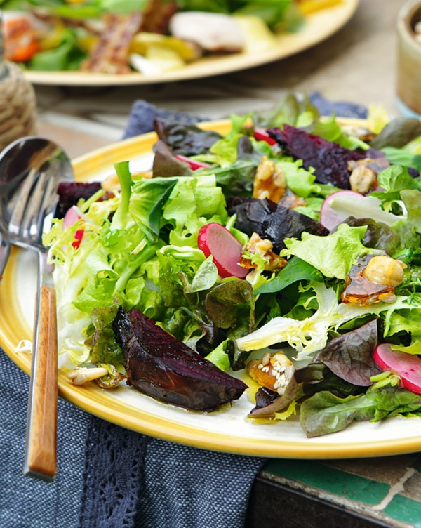 Салат с запеченной свеклой и сыром фета |