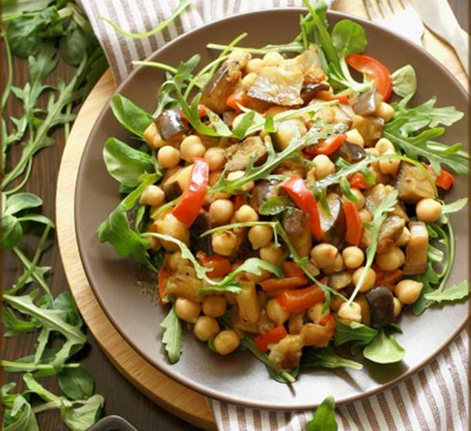 Поиск по запросу «салат с нутом и баклажанами»