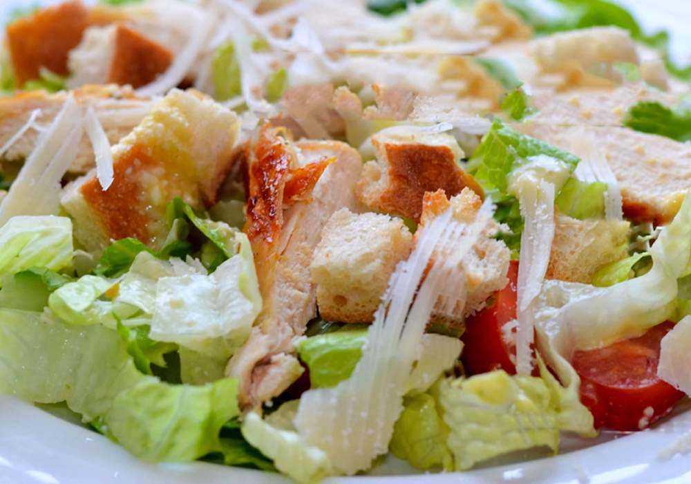 Салат из пекинской капусты с копченой курицей: вкусные и красивые рецепты